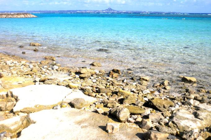 水納島から見える伊江島のタッチュー