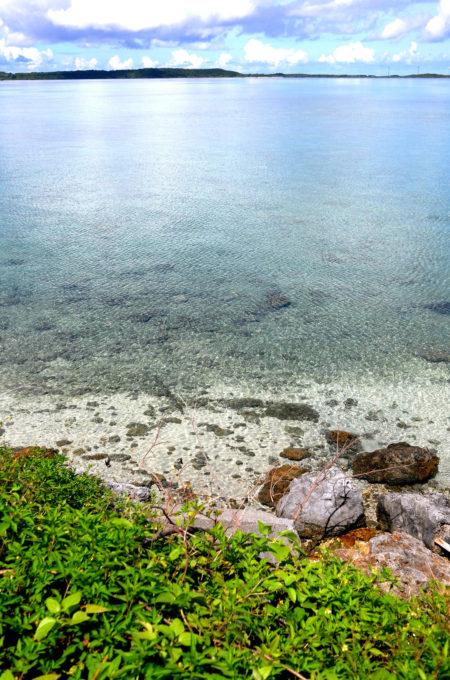 大神島の海「大神ブルー」