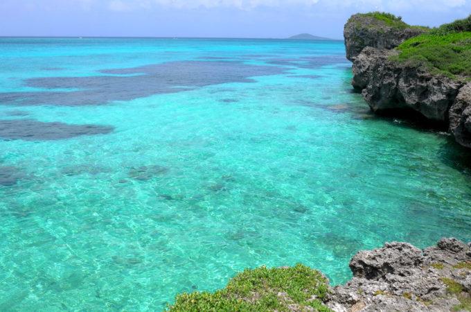 「池間ブロック」(フナクス)の透明度の高い海