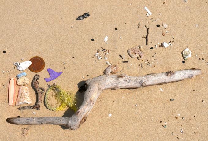 Art on Beach 作品「現実と理想」