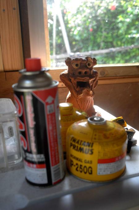 キッチンのシーサーとガス器具