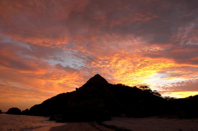 阿波連ビーチの夕焼け