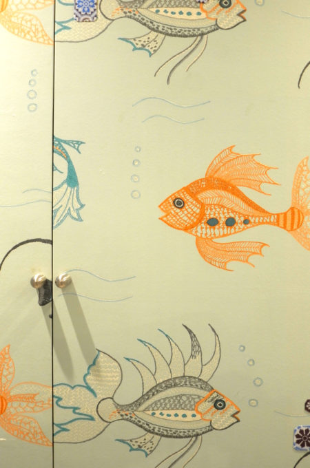 エレベーターホールの壁紙