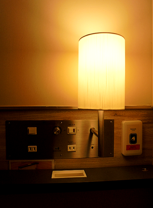 調光できるライトも付いてます!