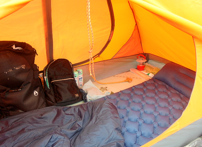テントの中